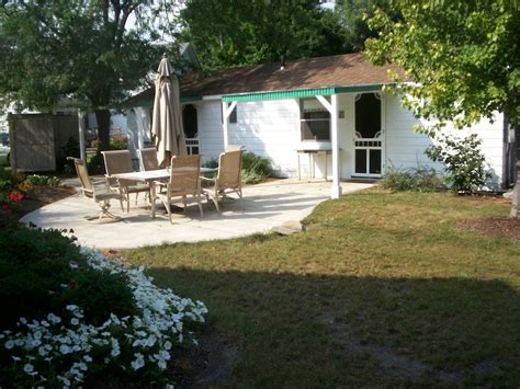 lake erie cottage rentals a vintage cottage on lake erie 400 homeaway