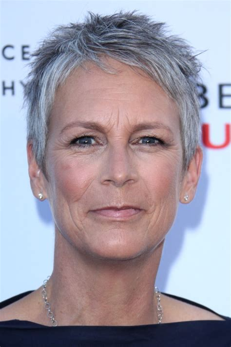 jamie lee haircut styles maintenance 76 best images about pixie haircut jamie lee curtis on