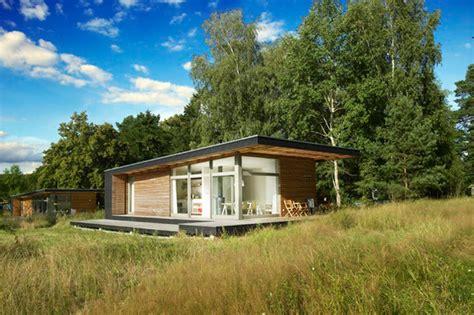 piu sommerhaus sommerhaus piu prefab home by frey bj 246 rn g 246 tte