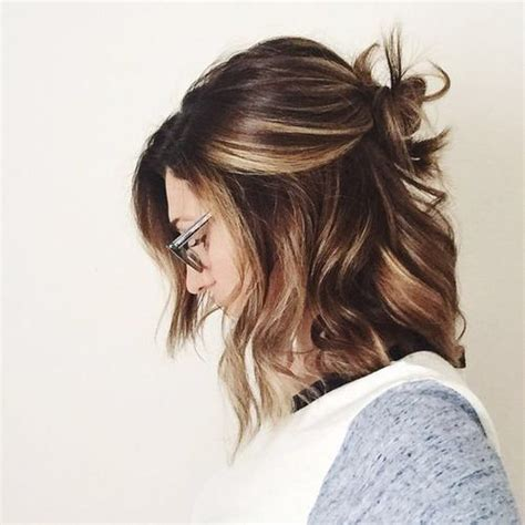 medium length hairstyles with lowlights 25 best ideas about medium hair highlights on pinterest