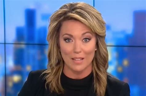short hair female cnn anchor cnn anchor calls out the view for criticizing carly