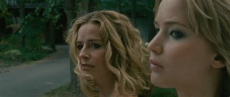 elisabeth shue jennifer lawrence movie photo of jennifer lawrence portraying quot elissa quot in quot house