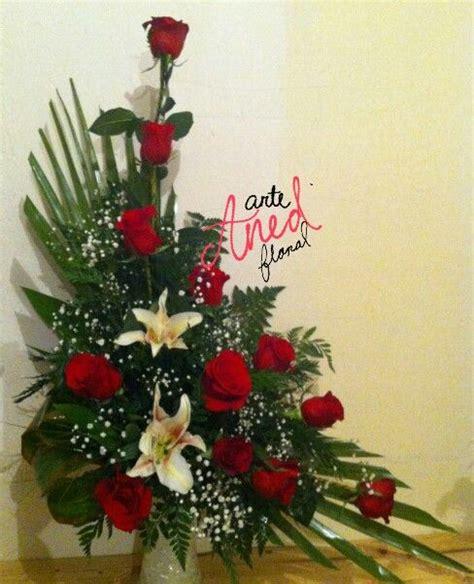 Floral Centerpieces Christmas - 1000 images about merangkai bunga on pinterest fresh flower arrangement florists and