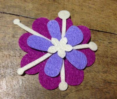 fiore in pannolenci fiore 2 in pannolenci materiali materiali fatti a