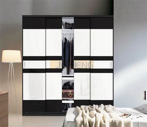 modern wardrobes design with classic black and white color.