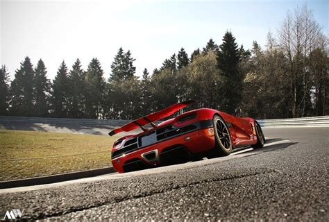 How Fast Can The Koenigsegg Agera R Go Oh Wow Koenigsegg Agera R At N 252 Rburgring Koenigsegg