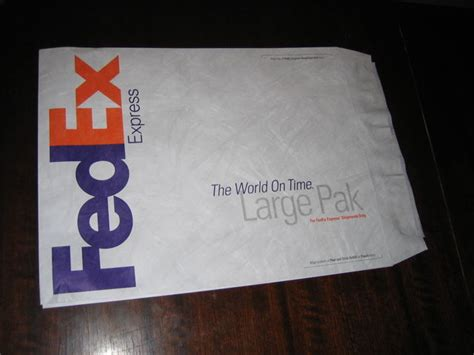 laptop sleeve   fedex envelope  steps  pictures