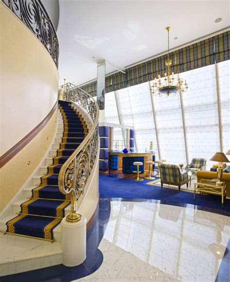 inside burj al arab take a look around the only 7 star hotel in the world