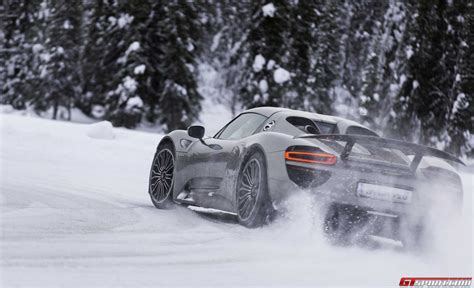 drift porsche gtspirit bucket list porsche winter driving experience