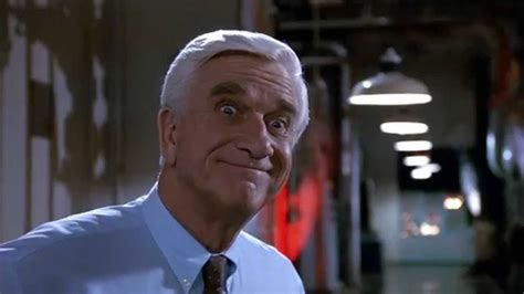 famous old actors comedy actor leslie nielson the naked gun 2 1 2 the smell of fear bomb youtube