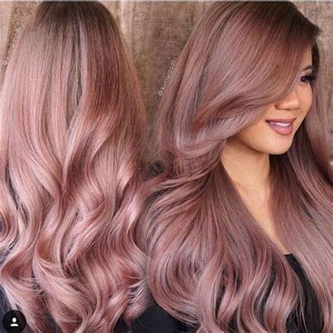 rose gold lowlights on dark hair cheveux rose gold la nouvelle tendance couleur qui va