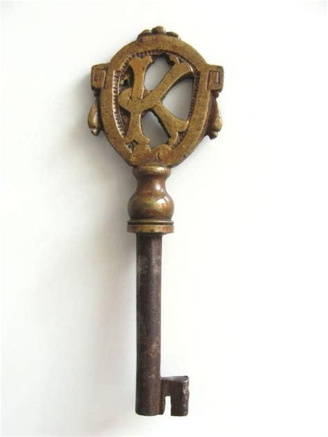 Verrou Porte 1775 by Vintage Antique Skeleton Key Letter K Monogram