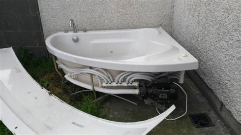 jetted bathtubs for sale jacuzzi bath for sale for sale in dundalk louth from csilla30
