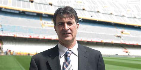 eks pemain pelita jaya calonkan pelatih timnas argentina