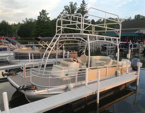 bennington pontoon boats dealers 86 best bennington pontoons images on pinterest