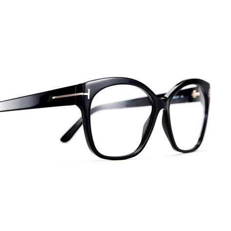 Tom Ford Aims To Create A New Version Of Luxury For by Tom Ford Ft5435 001 57 Profil Optik