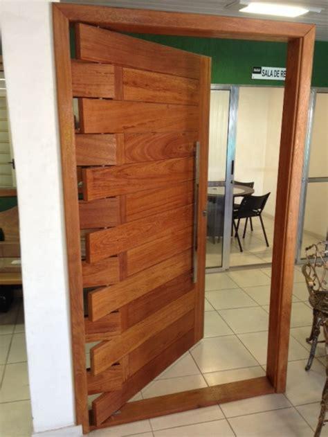 port a porta porta pivotante passione madeira angelim portas