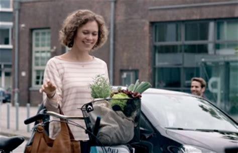 volkswagen s day hugs commercial song