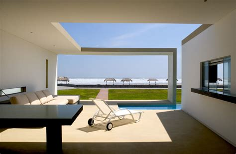 beach house design pictures modern small beach house design in peru by javier artadi arquitecto digsdigs
