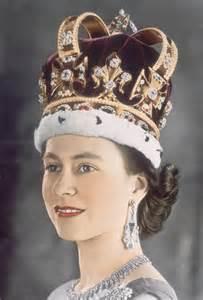 Queen Elizabeth 2nd by Queen Elizabeth Ii Jewellery Queen Elizabeth Ii Photo