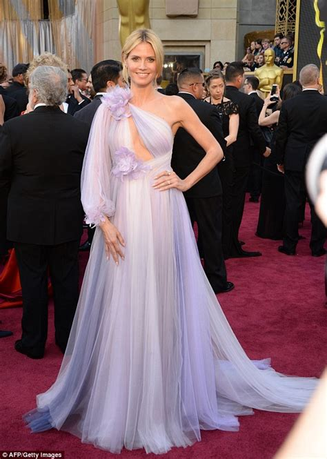 Which Heidi Klum Oscar Gown Was The Most Fab by Oscars Carpet Sees Heidi Klum Overwhelm The Senses In