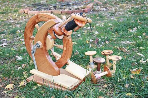 Handmade Spinning Wheel - pin by melodie dustin on spinning the fiber way