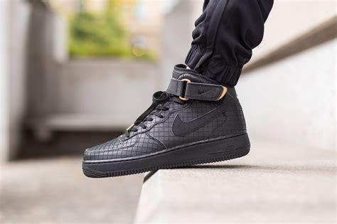 Nike Air Fprce 1 nike air 1 mid 07 black sneaker hypebeast