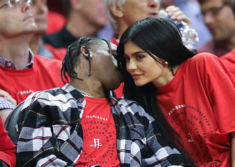 kylie jenner and travis scott are apparently exclusive now