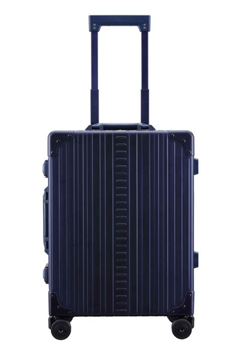 carry on luggage size weight 25 best ideas about carry on luggage dimensions on