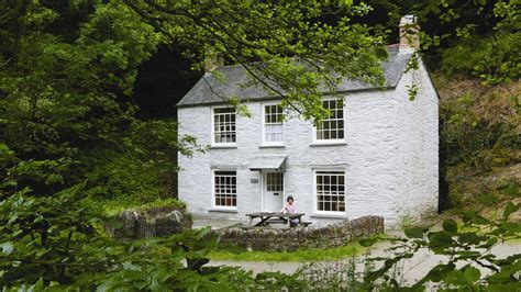 le cottage danescombe cottage national trust