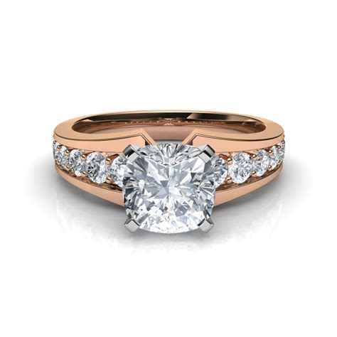 graduated pave cushion cut engagement ring in 14k gold