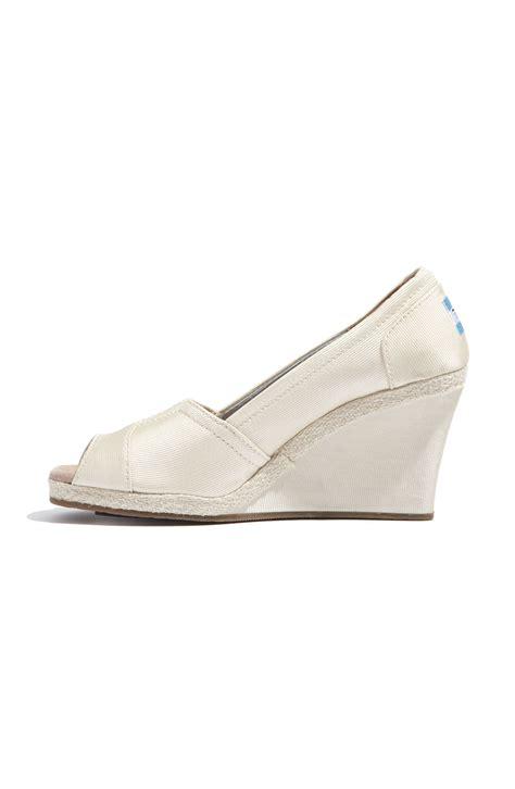 bridal shoes toms grosgrain wedge 171 wedding fashion