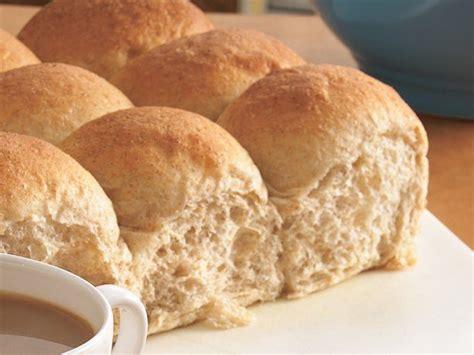 Easy Whole Wheat Bread Recipe Bread Machine Bread Machine Whole Wheat Dinner Rolls Recipe Recipes