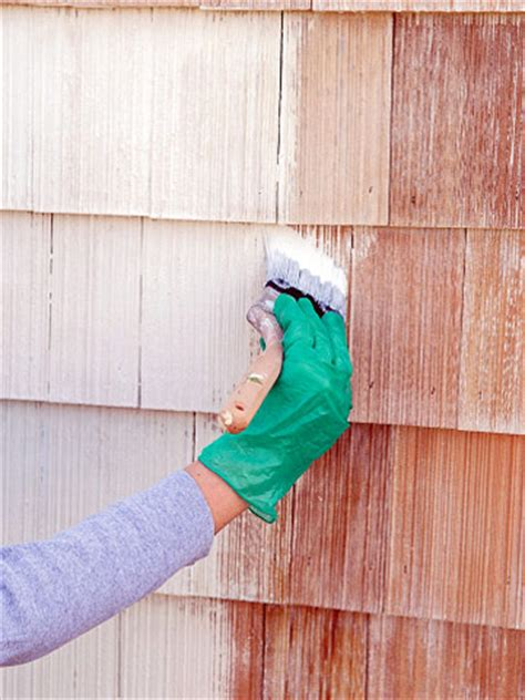 how to paint cedar siding on a house finishing cedar shingles and siding how to paint any exterior surface exterior