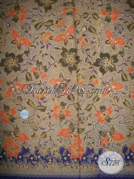 trend batik motif bunga dan kupu kain batik untuk baju