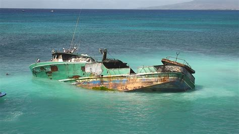 fishing boat jobs in hawaii no distress call after fishing boat with foreign crew