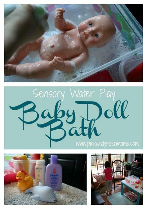pink  green mama washing baby dolls water play