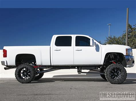 chevy lifted chevy silverado 2014 white lifted www imgkid com the