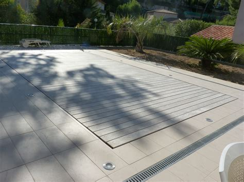 Pool Floor by Leveable Rise Fall Swimming Pool Floor Incorporating