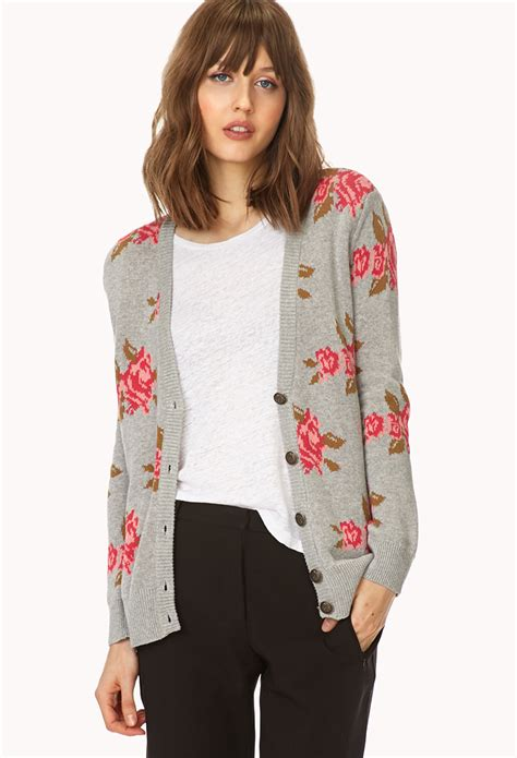 Sweater Grey Flower forever 21 floral cardigan in pink lyst