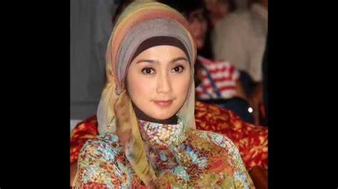 hijab artis ala desi ratnasari youtube