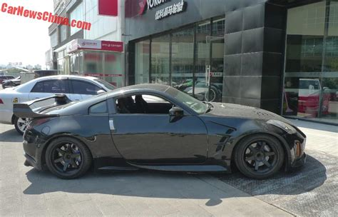 nissan black car spotted in china nissan 350z drift car in black