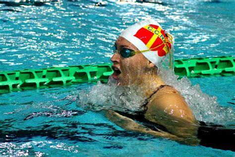 nuotomaster in vasca ripresa allenamenti nel nuoto dopo le vacanze di natale