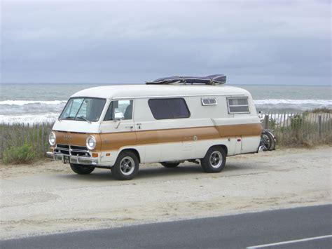 cool dodge xplorer camper van super cool rvs travel trailers diy camper trailer rv