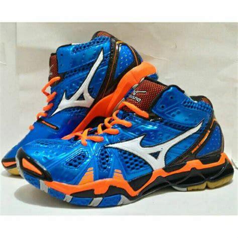 Sepatu Olahraga Merek Mizuno sepatu voli mizuno wave tornado 9 mid replika shopee