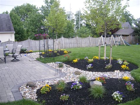 landscaping  patio pictures google search garden