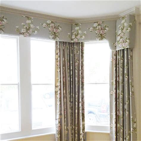 Curtain Pelmets And Valances Curtains Pelmets Valances Swags Tails Just Fabrics