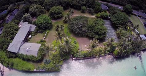 new neighbors for obama s hawaii vacation house curbed dc obama not behind purchase of of magnum p i house ny