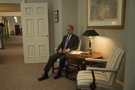 megan house of cards house of cards season 3 spoilers michael kelly talks doug ster s surprising