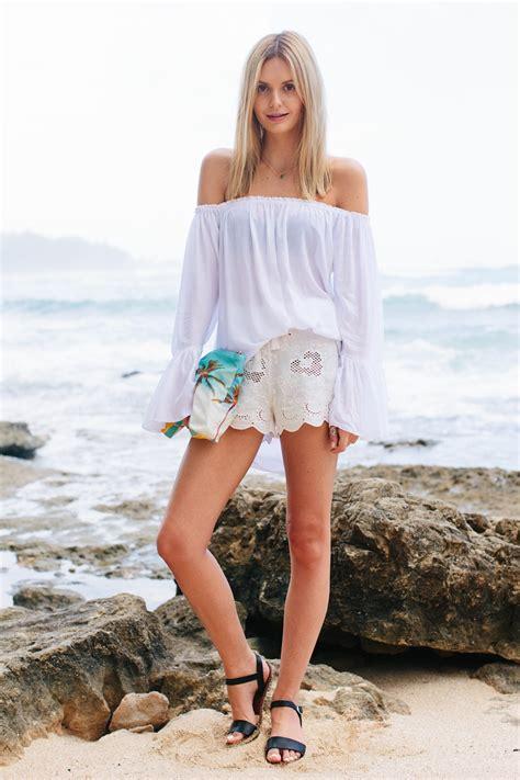 beach cover up outfit ideas glam radar 7 flirty tops to wear all summer long glam radar